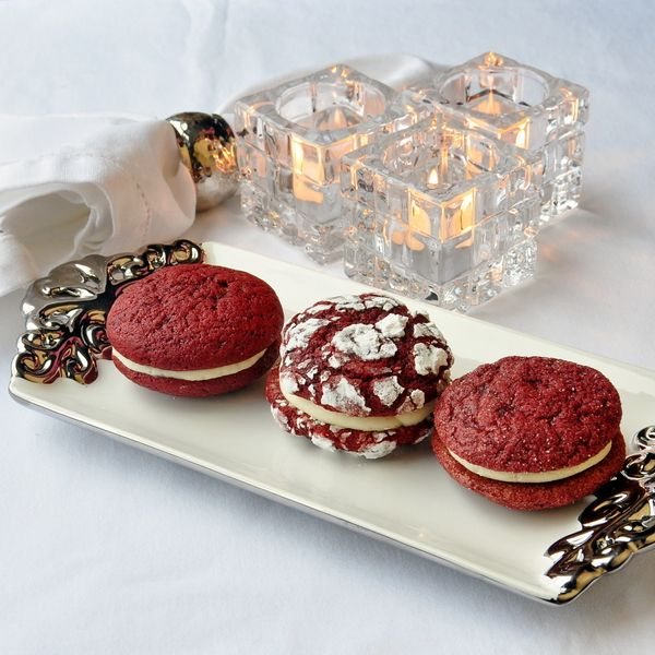 Red Velvet Cream Cheese Cookies - 3 different presentation choices to choose from in these delicious, soft, red velvet cookies sandwiched together with smooth, luscious cream cheese frosting. A favorite cake in cookie form.