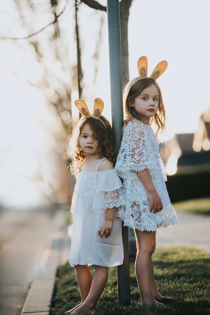 Bohemian Dresses and sunsets for fashionable toddlers. www.littletrendsetter.com