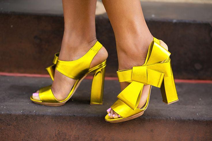 Delpozo bow shoes, www.jadore-fashion.com