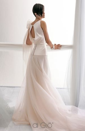 Le Spose di Gio - Sweetheart Ball Gown in Silk