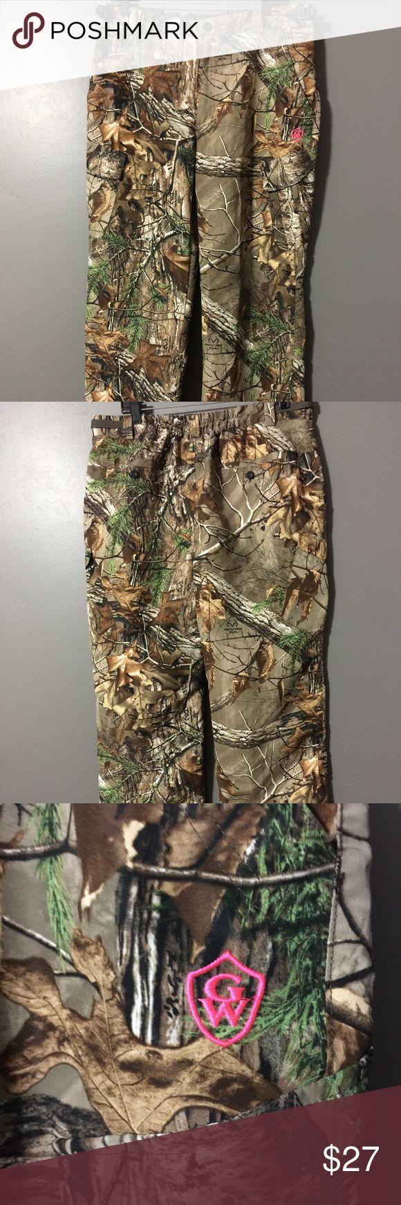 Realtree Xtra Camo Hunting Pants Realtree Xtra Camo Hunting Pants Soft Shell Womens Ladies Cargo Size XL Game Winner Pants