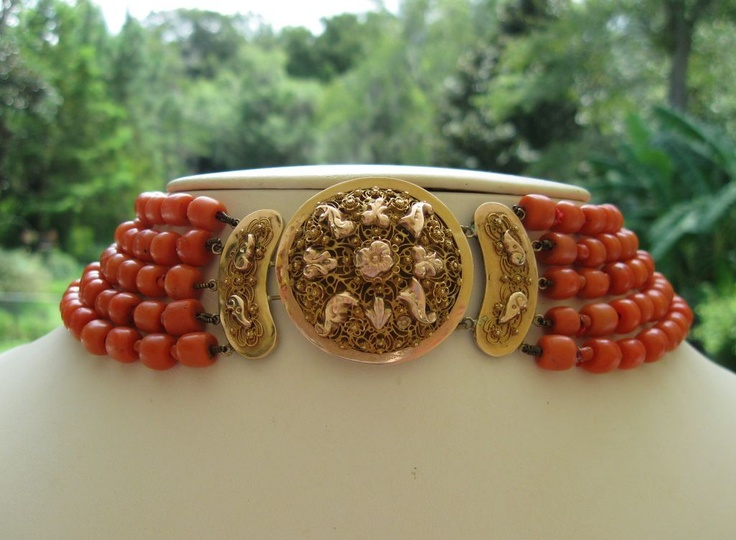Antique coral necklace, Dutch, ornate cannetille 14k+ rose gold clasp, 19th century