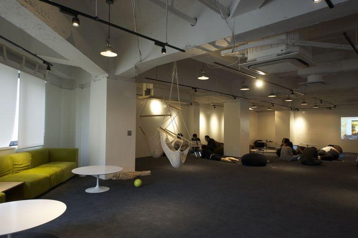 フリースペースとワークスペースが融合した、エンジニアのためのオフィス|オフィスデザイン事例|デザイナーズオフィスのヴィス