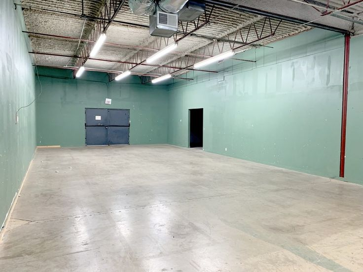 7411 Hines Pl Dallas Tx 75235 Flex Space For Lease Loopnet Com Commercial Property For Sale Commercial Real Estate Commercial Property