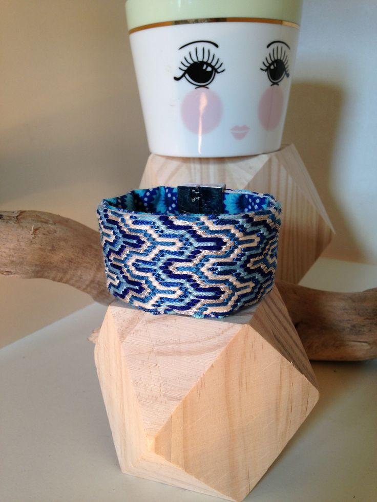 """Manchette """"Deep Blue"""" E.Made : HandMade By Elise www.emade.bigcartel.com"""