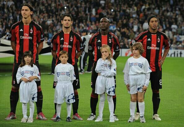 Ibrahimovic, Pato, Seedorf and Ronaldinho at Milan. Champions match.