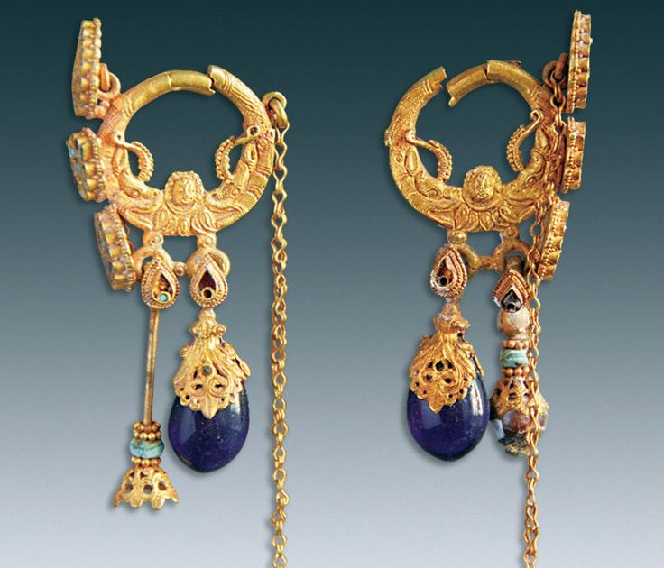Archaeologists found ancient remains of a woman named Farong who was laid to rest wearing fantastic jewelry.