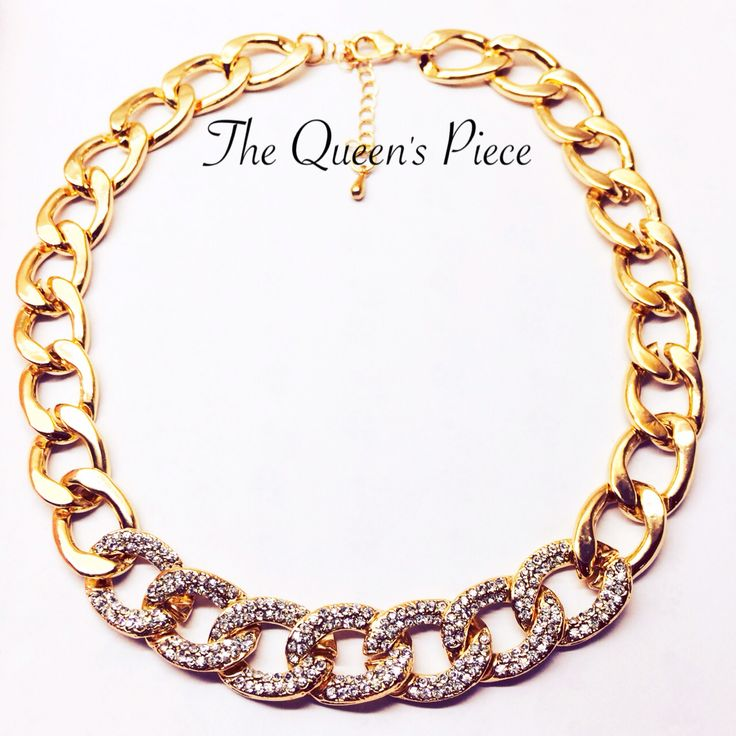 Vivienne sure knows her place for luxury. She's ready to beautify you.  Order to Queenspiece: Whatsapp/Phone: 081383310076/08198067292                                      #queenpiece #jewelery #necklace #fashion #gold #accessories #beauty #queen #piece