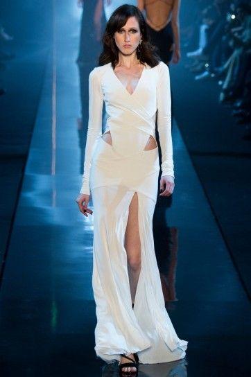 Cut dress Alexandre VauthierAbito da sposa con spacco primavera/estate 2015