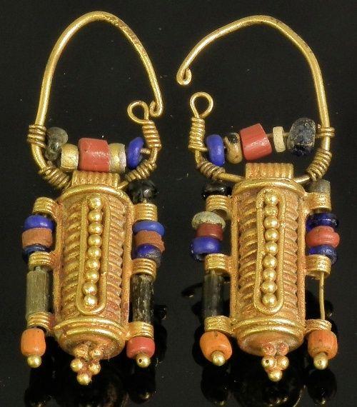 Pendientes etruscos, perlas de Vidrio y oro, c. 400 aC