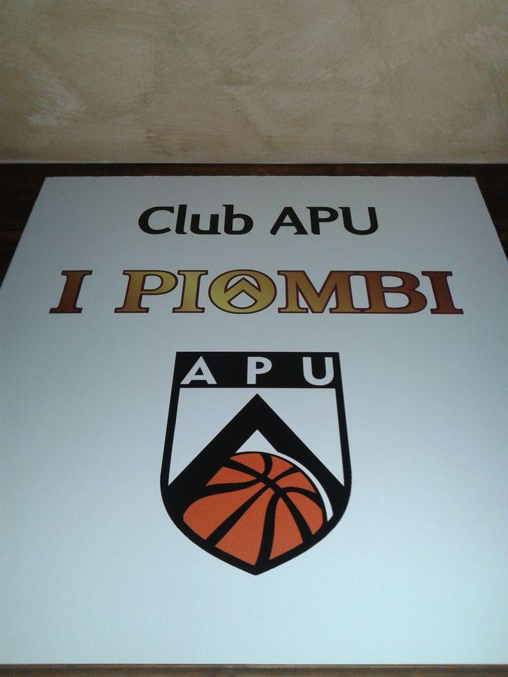 l Piombi e il Club Apu: Amici Pallacanestro Udinese! :) Questo logo ormai è parte integrante del Caminetto! :))))))