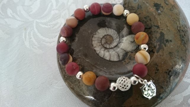Sterling Silver and Mookait Gemstone elasticated Bracelet with Owl charm  £21.50