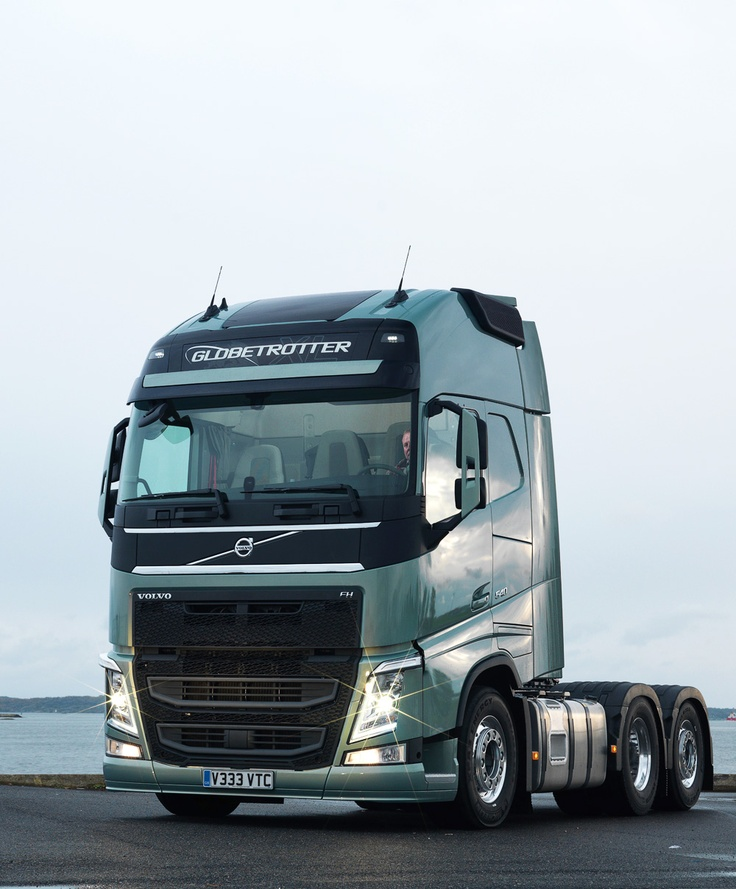 Volvo Auto Sales: Press Test Drive Of The New Volvo FH In Sweden.