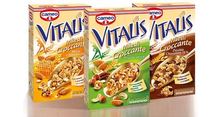 Idee-per-la-colazione............Tazza di latte con caffè della macchinetta e 6 biscotti random Mulino bianco, se debbo uscire, sennò se mi alzo tardi mi basta un caffè macchiato. .....Di solito bicchiere di latte, un paio di fette biscottate e un cucchiaino di miele. ...Una tazza di latte intero con tutti i Corn Flakes, Bran Flakes o altri cereali che ci entrano dopo aver versato il latte in tazza. Di solito una confezione di cereali da 375 g mi dura 3-4 giorni. ............Gli OTTIMINI…