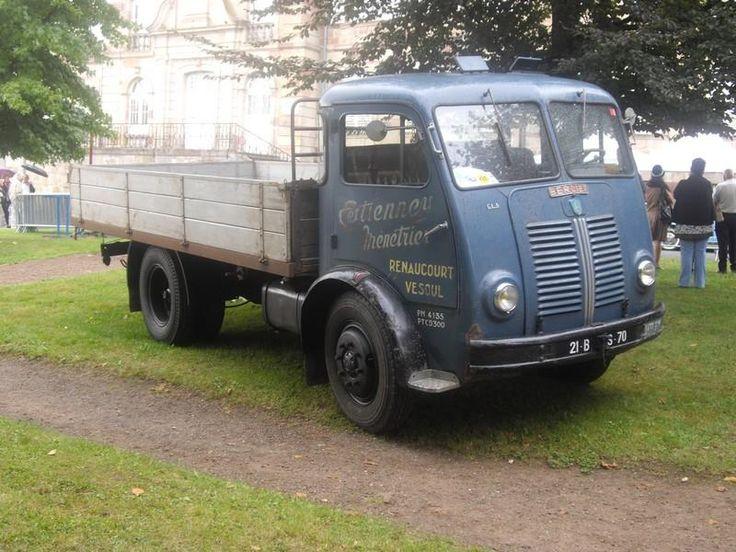 Berliet GLA ttp://images.forum-auto.com/mesimages/182300/berliet gla1.jpg