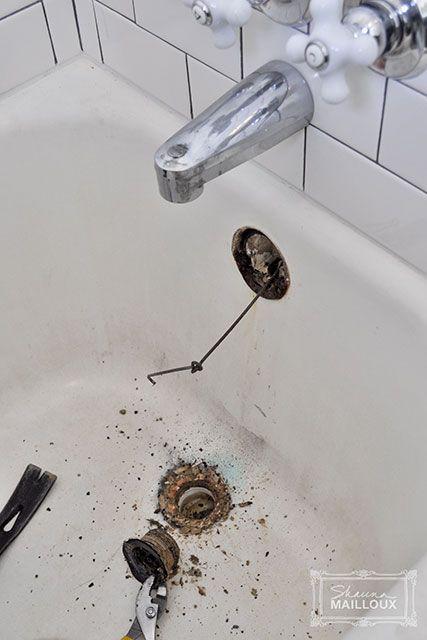 DIY Bathtub Refinishing - gorgeous work!