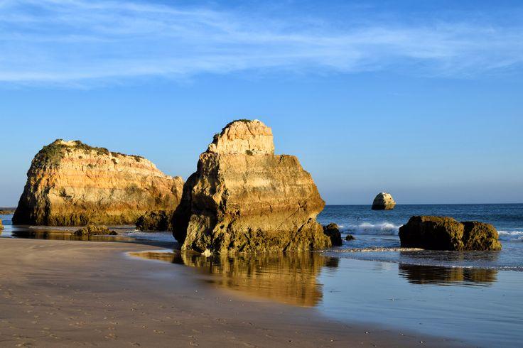 Praia dos Tres Castelos, Portimao.