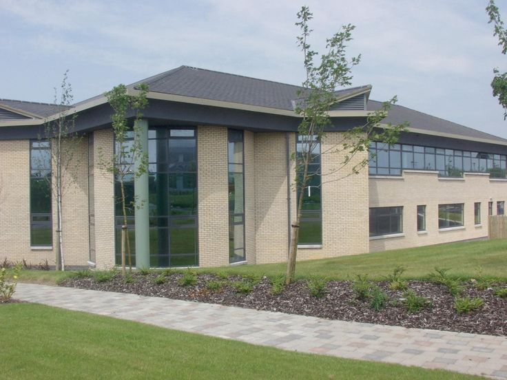 pictures slate roofs on office buildings | Roadstone Wood