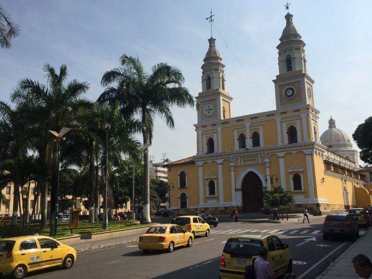 La Iglesia San Laureano hace parte del patrimonio arquitectónico de la ciudad. Foto Miguel Reina.