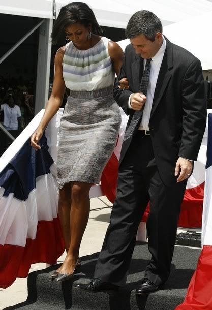 Mrs Obama wearing Peter Som dress.