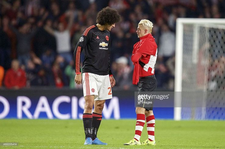 Marouane Fellaini of Manchester United, Maxime Lestienne of PSV during the UEFA Champions League group B match