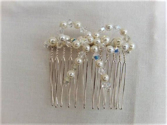 Cream Pearl and Crystal Bow Hair Comb Wedding Jewellery Bow #etsy #etsyshop #etsyfinds #etsyseller #etsystar #jewllery #valentinesdaygifts #valentinesgifts #mothersdaygifts #giftsforher #etsymagazine #etsylent #britishcrafters