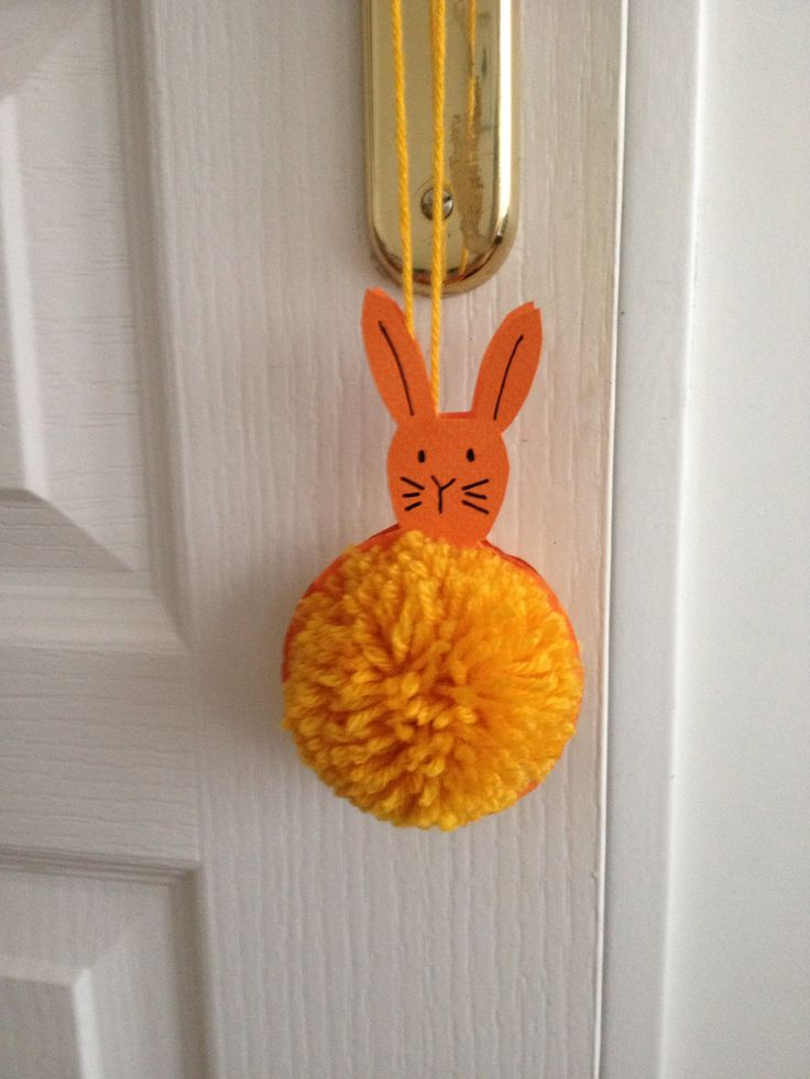 pompon lapin  DIY  Pinterest