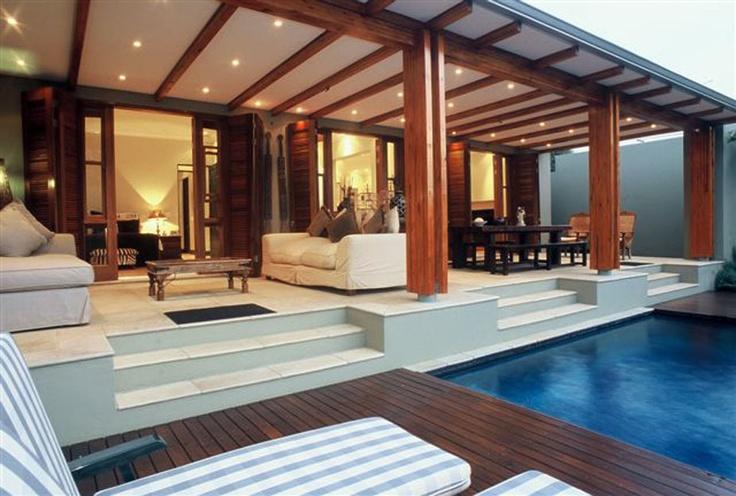 Decor 600x423 Luxurious Tropical House Designs Ideas With