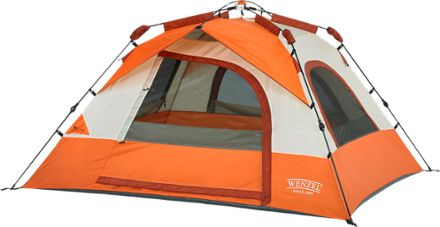 This 3-person tent has 44.4 sq. feet of sleeping area
