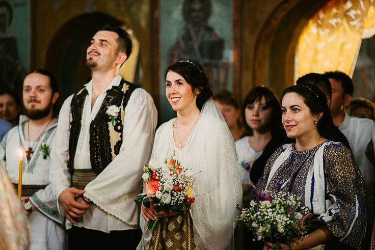 Andreea-Cezar-traditional romanian wedding_land of white deer (51)