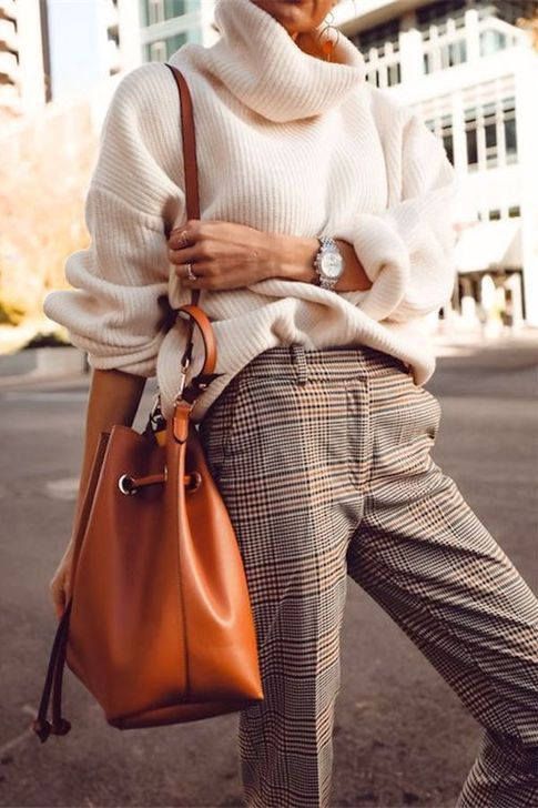 Beautiful Work Outfits Ideas To Your Casual Style Inspiration 34