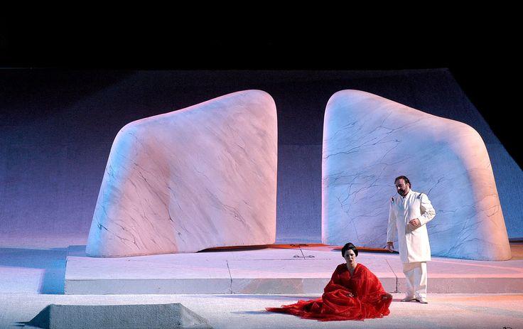 Regina Schrecker, costumes for Madama Butterfly, Gran Teatro Giacomo Puccini, Torre del Lago, 2000