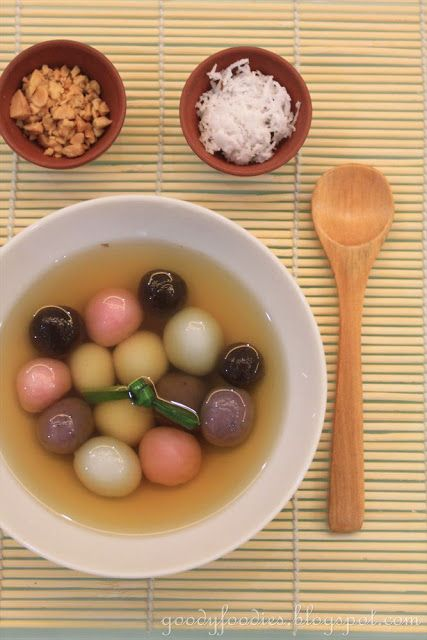Eat Your Heart Out: Recipe: Homemade Tong Yuen (Glutinous Rice Balls) for Dongzhi Festival (22 Dec 2013)