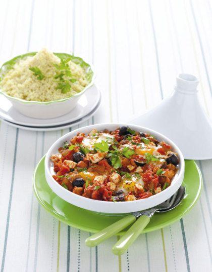 Recept voor couscous met mediterrane eieren (vriendin recept) de saus komt van de aubergine feta pasta
