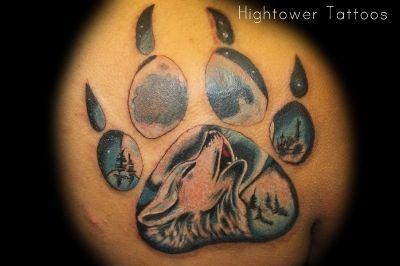 tatouages de loups | Tatouage: Patte de loup tatoo_6