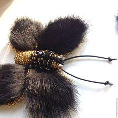 Купить Брошь из меха норки и бисера бабочка. - черный, брошь ручной работы, брошь из меха