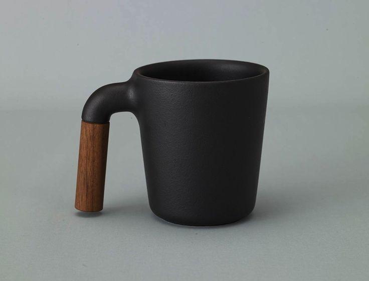 http://teatra.de Style: a tea mug we'd love to put on our own shelf.