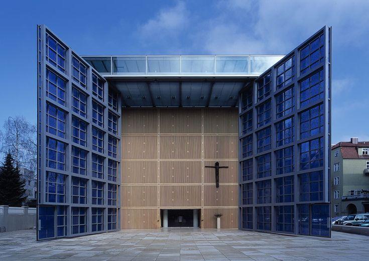 Herz Jesu Kirche, München, Realisierung 2000