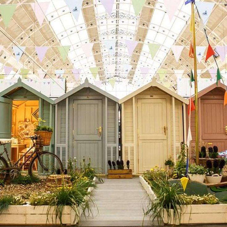 Luxury Wedding Gift Ideas For The Garden