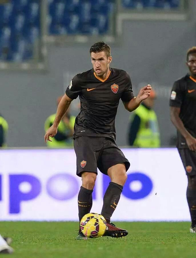 Welcome back, Kevin! #Strootman #ASRoma