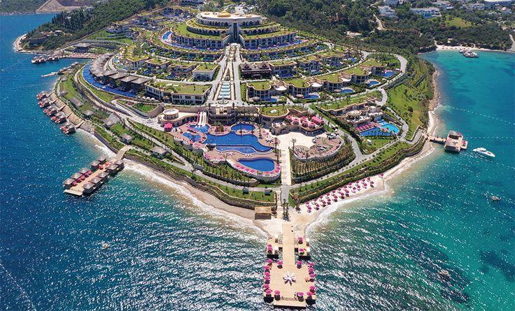 JUMEIRAH BODRUM PALACE 5*+ | Alles, was das Entspannung suchende, anspruchsvolle Urlauberherz begehrt - direkt am Meer und nur 10 Minuten vom Zentrum Bodrums, dem Saint-Tropez der Türkischen Ägäis entfernt