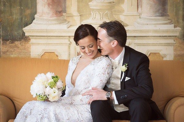 Preowned Wedding Dresses Everything You Need To Know Preowned Wedding Dresses Bridesmaids Dress Inspiration Online Wedding Dress