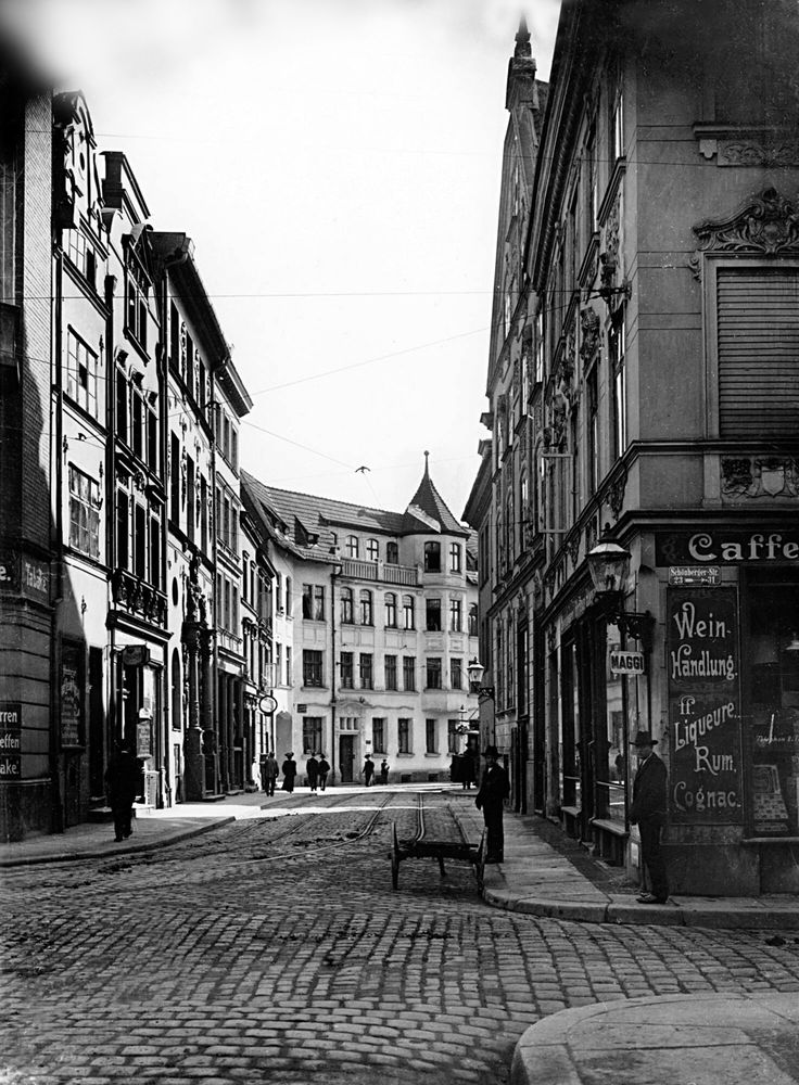 Schoenbergstrasse in Koenigsberg ca.1900