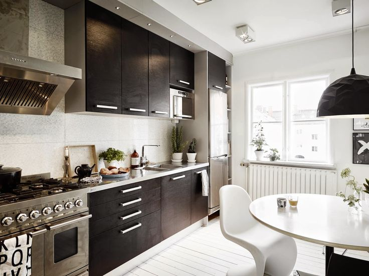 my scandinavian home: A very cool black and white Swedish home
