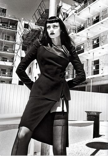 die besten 25 helmut newton ideen auf pinterest. Black Bedroom Furniture Sets. Home Design Ideas