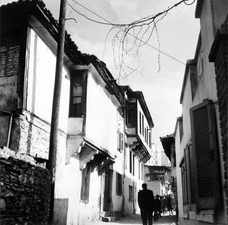 Lala Aufsberg, 1963, Θεσσαλονίκη, γειτονιά στην Άνω Πόλη.