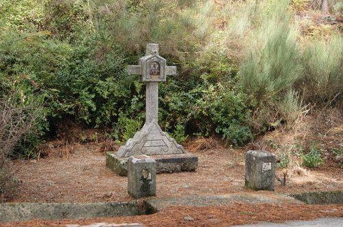 HELDER BARROS: Amarante - Alminhas de Chãos, em Fregim, limpas de matos e de restos de rituais...