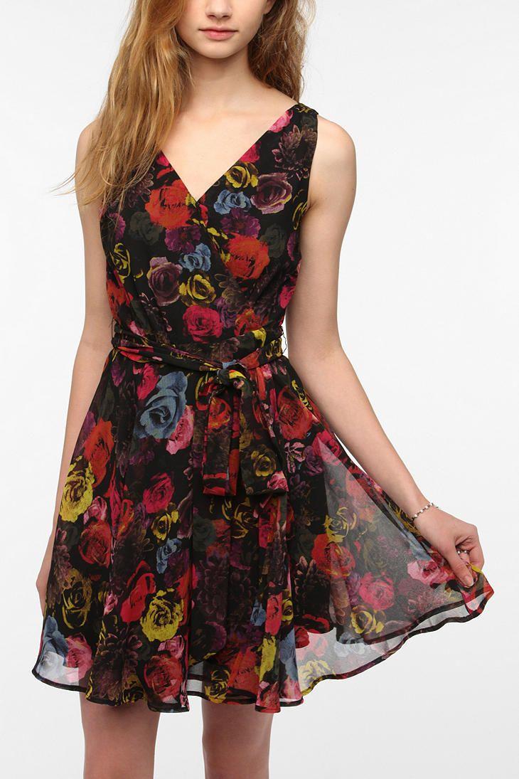 BB Dakota Floral Chiffon Surplice Dress  #UrbanOutfitters