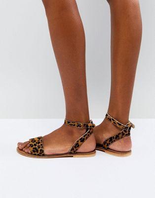 FREJA - Sandales plates cloutées en cuir