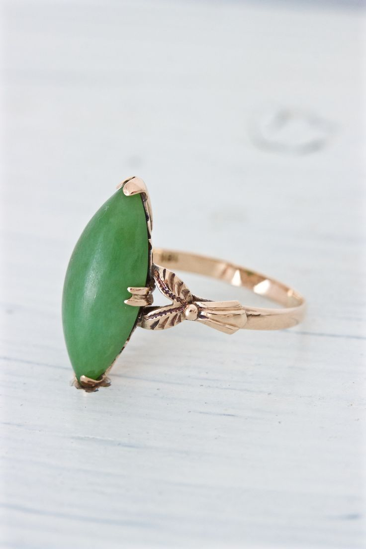 Antique Jade Ring | Art Nouveau Ring | 18k Rose Gold Ring | Boho Ring | Navette Stone Ring | Estate Ring | Solitaire Ring | Size 5.75 by www.Ferguson'sFineJewelry.com
